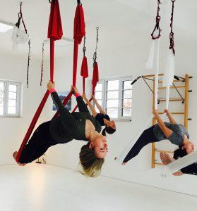 Aerial Yoga Rückbeuge - 1
